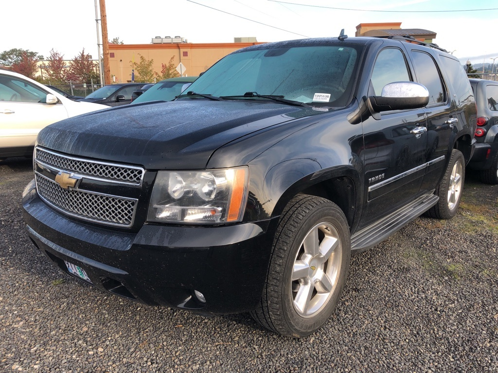 Pre-Owned 2011 Chevrolet Tahoe LTZ 4WD, Sunroof, DVD System, Navigation