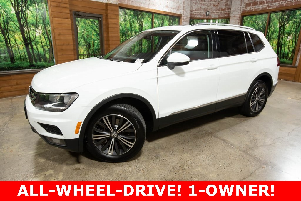 Pre-Owned 2018 Volkswagen Tiguan 2.0T SEL 4Motion