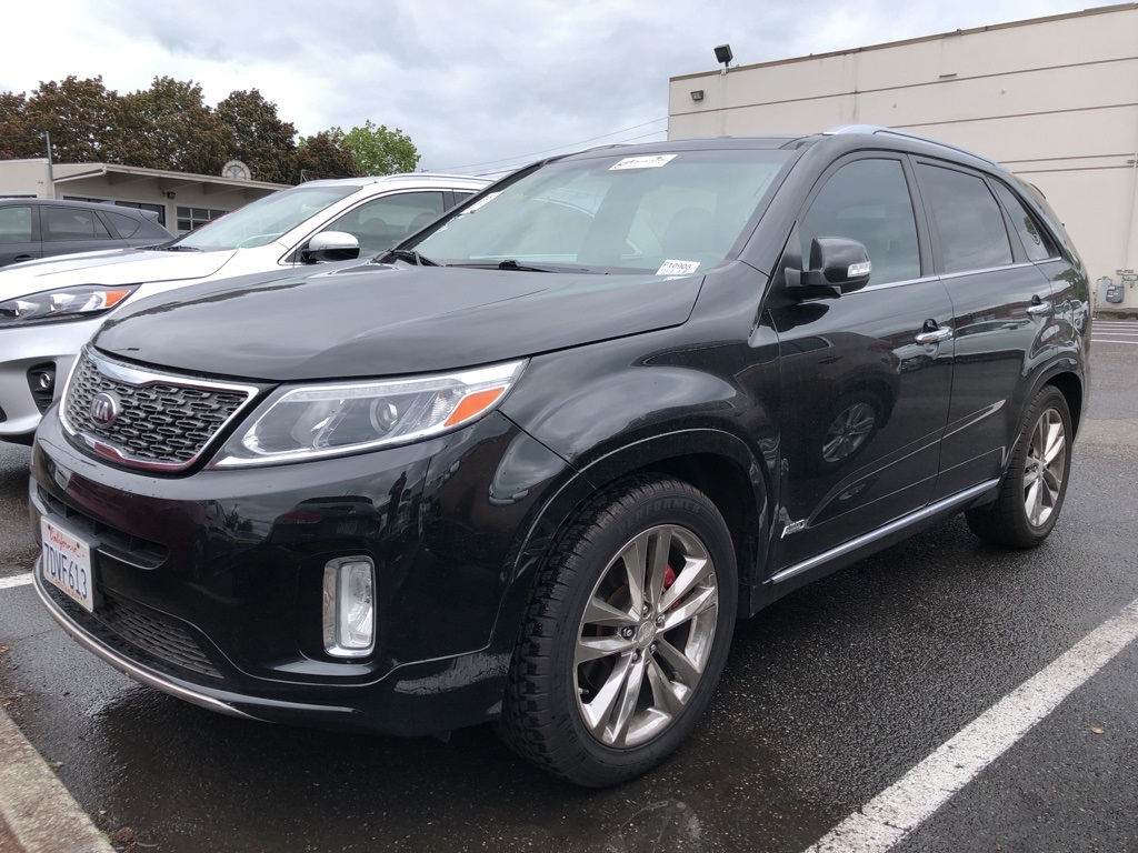 Pre-Owned 2014 Kia Sorento Limited V6 Panoramic Sunroof, Navigation, Leather