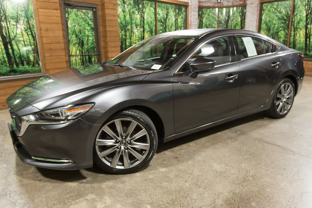 Pre-Owned 2018 Mazda6 Signature 1-Owner, Navigation, Sunroof, Leather