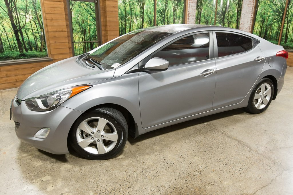 Pre-Owned 2013 Hyundai Elantra GLS with Preferred Package, Automatic, 38 MPG