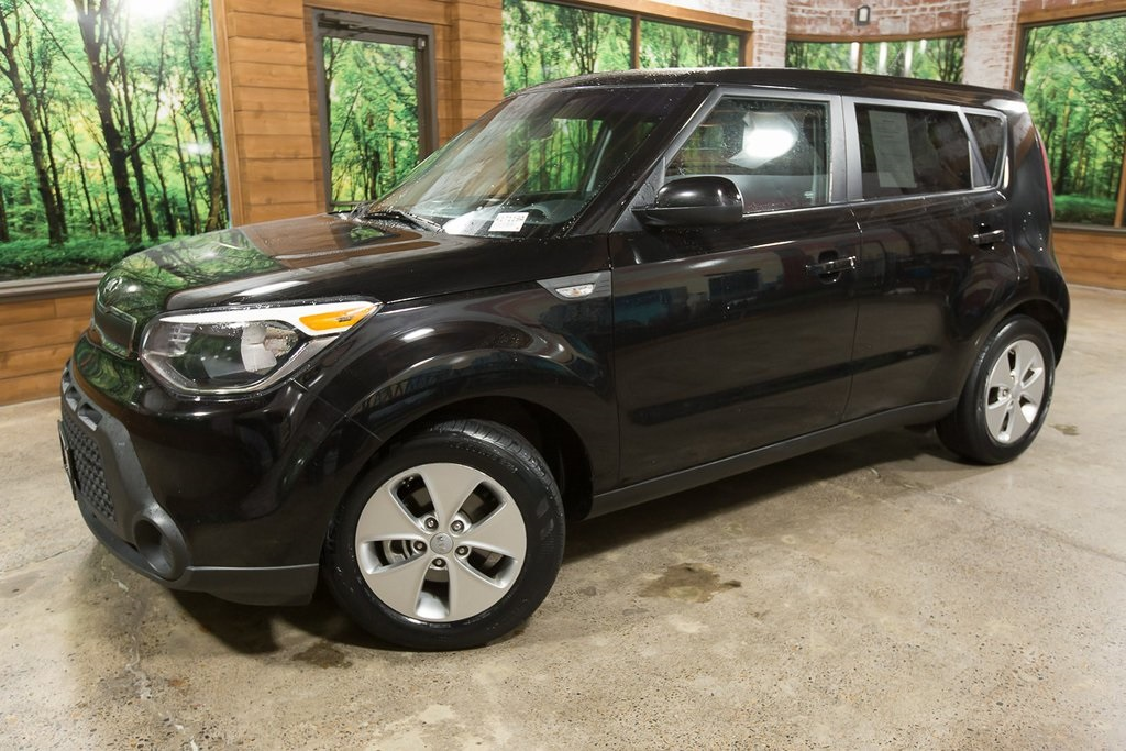 Pre-Owned 2014 Kia Soul Base 1-Owner, Automatic, Clean Carfax