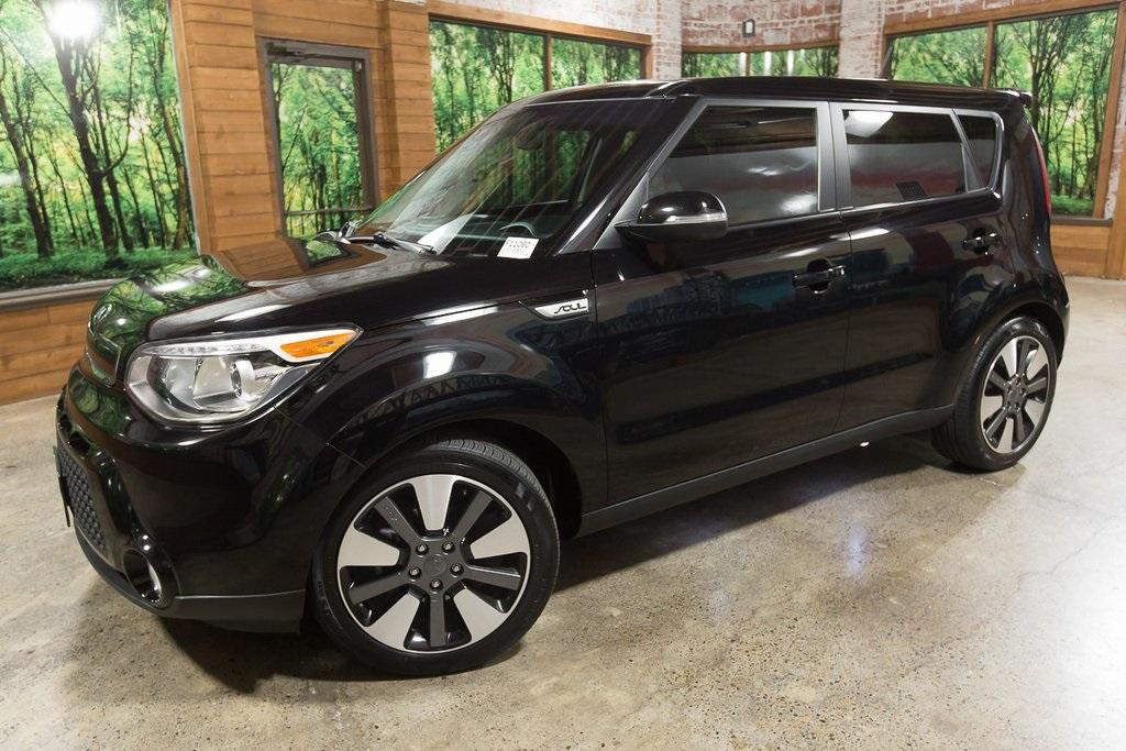 Certified Pre-Owned 2016 Kia Soul Exclaim Premium Pkg, Panoramic Sunroof, Navigation