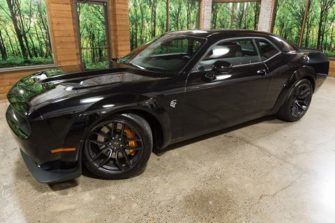 Pre-Owned 2018 Dodge Challenger SRT Hellcat Widebody, 1-Owner, 1k Miles, 6-Speed Manual