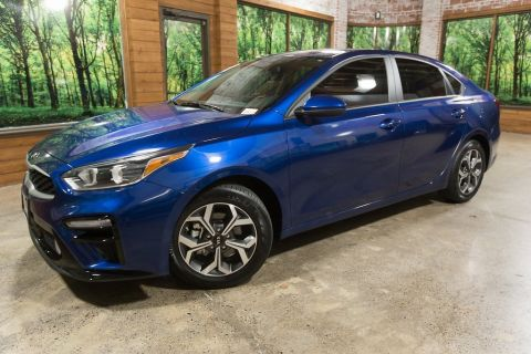 Certified Pre-Owned 2019 Kia Forte LXS 1-Owner, Certified, 40 MPG