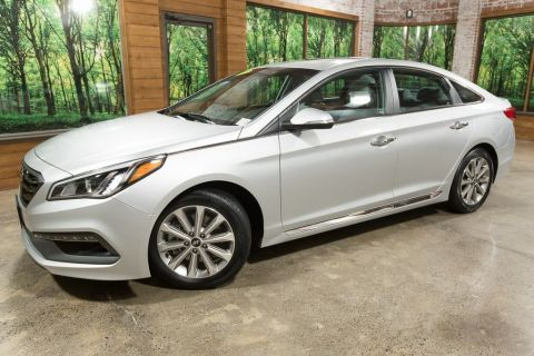 Pre-Owned 2017 Hyundai Sonata Limited 1-Owner, Tech Pkg, Ultimate Pkg, Sunroof