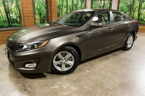 Certified Pre-Owned 2015 Kia Optima LX Bluetooth, Certified, 1-Owner!