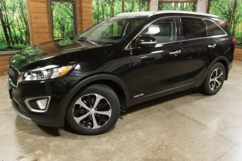 Certified Pre-Owned 2018 Kia Sorento EX AWD, V6, 3rd Row Seating, Leather