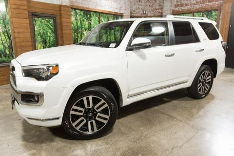 "Pre-Owned 2016 Toyota 4Runner Limited Navigation, Sunroof, 20"" Wheels"