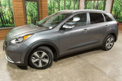 Certified Pre-Owned 2018 Kia Niro EX HYBRID, Certified, Tech Package, Heated Seats