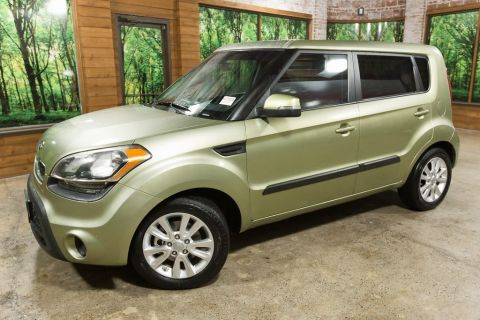 Pre-Owned 2012 Kia Soul Plus 1-Owner, Clean Carfax, Nice Car